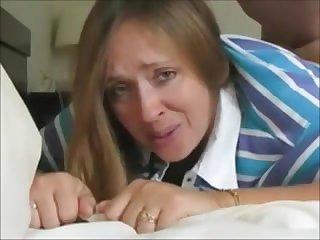 Любительское порно толстую мамочку ебут в жопу