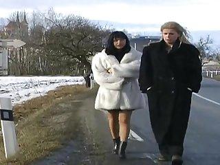 Порно фильм со зрелыми женщинами Cellia De Plessis Beaulieu - Tessie