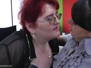 Бесплатное порно с толстыми женщинами