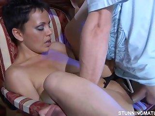 Секс с дамой 56 58 лет домашнее видео