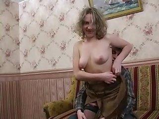 Русская порнушка старую толстую бабку жёстко трахают