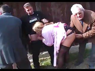 Частное порно молодых на природе фото