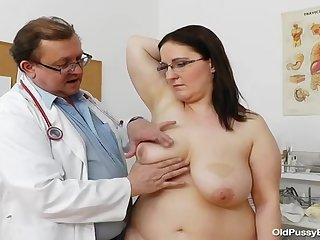 Толстая дама у гинеколога фото 367-710