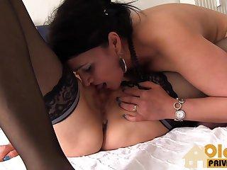 Порно зрелых на кухне фото