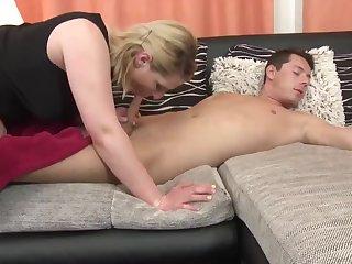 Порно с мамашами имачехами
