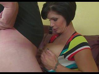 порно дрочат зрелой тетке