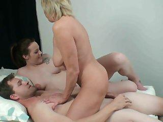 Секс столстуш