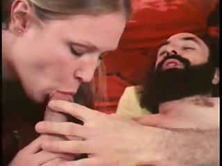 Ретро порно фильм с мохнатыми пёздами