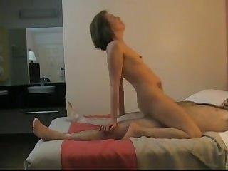 Частное порно обмен жёнами в отеле