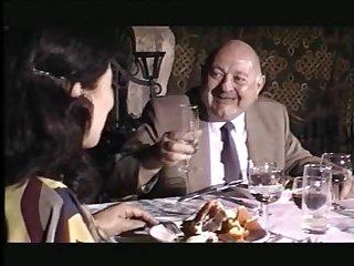 Порно фильм 40 летняя женщина дала старику