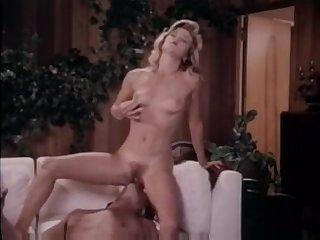 Ретро порно фильм с 40 летними женщинами с небритыми кисками