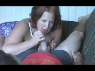 Частное порно минет от зрелой толстушки