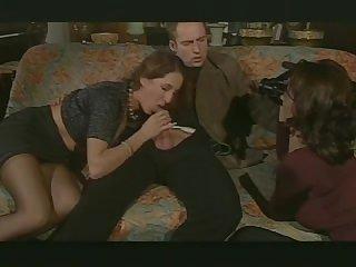 Полнометражный порно фильм из Италии с анальным и групповым  сексом