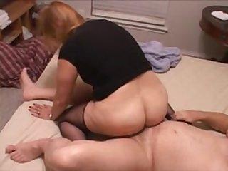 Жесткий секс со зрелой мексиканской дамой