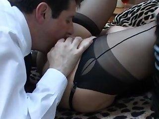 Зрелой сучка нужно больше оргазма