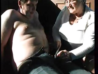 Молодой перец навестил свою зрелую училку на пенсии