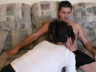 Зрелая подорва е отказала своему любовнику в сексе утром